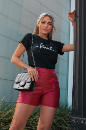 rosa prosa shirt preta e short couro sintetico 2